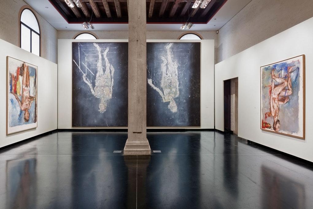 Vista de la instalación en La Academia, Venecia. 2019