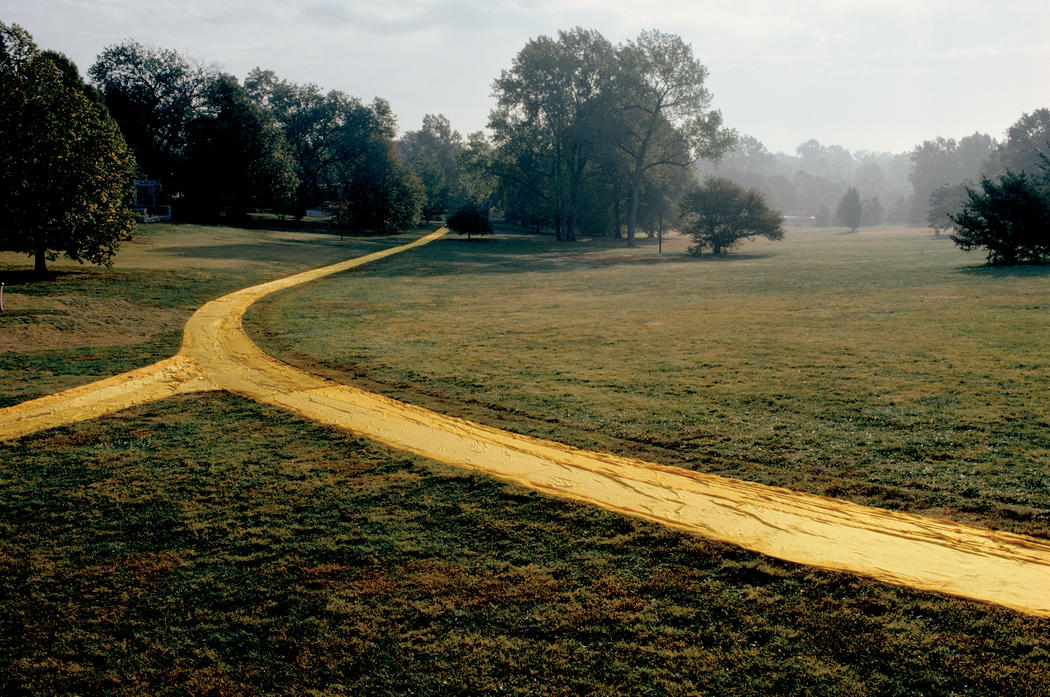 Christo Wrapped Walk Ways (Project for Loose Park, Kansas City, Missouri) Photo: Wolfgang Volz © 1978 Christo