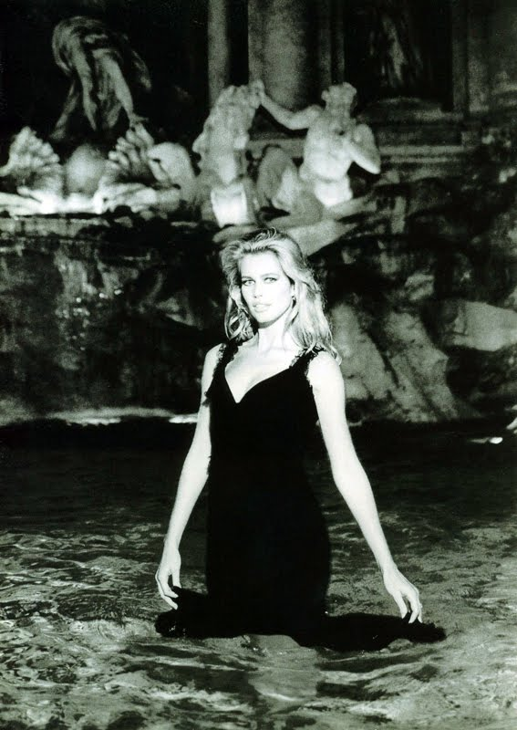 Claudia Schiffer Dolce Vita