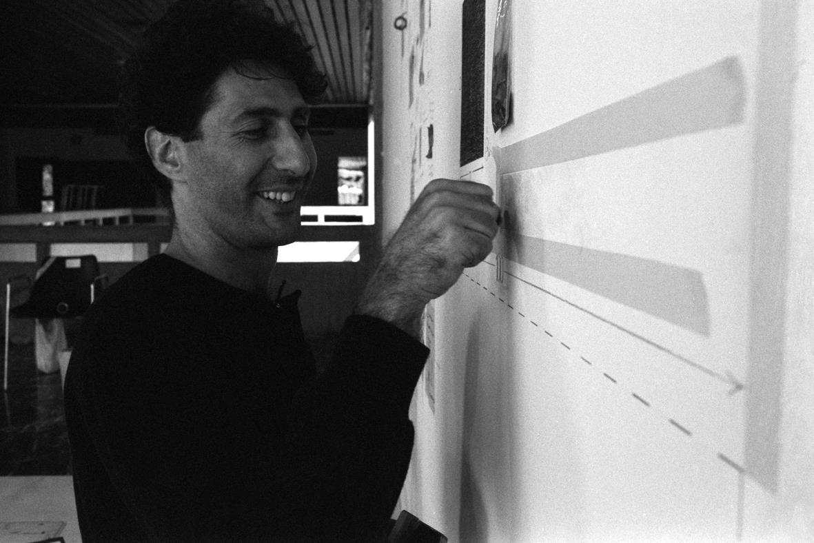 Ricardo Benaim, 24 horas en un 2x3.Espacios Alternos GAN en el Ateneo de Caracas, 1983. Foto Carlos Germán Rojas
