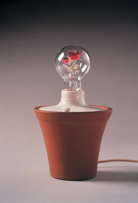 Dan Flavin. Roses 1962-1966 Cortesía David Zwirner Gallery