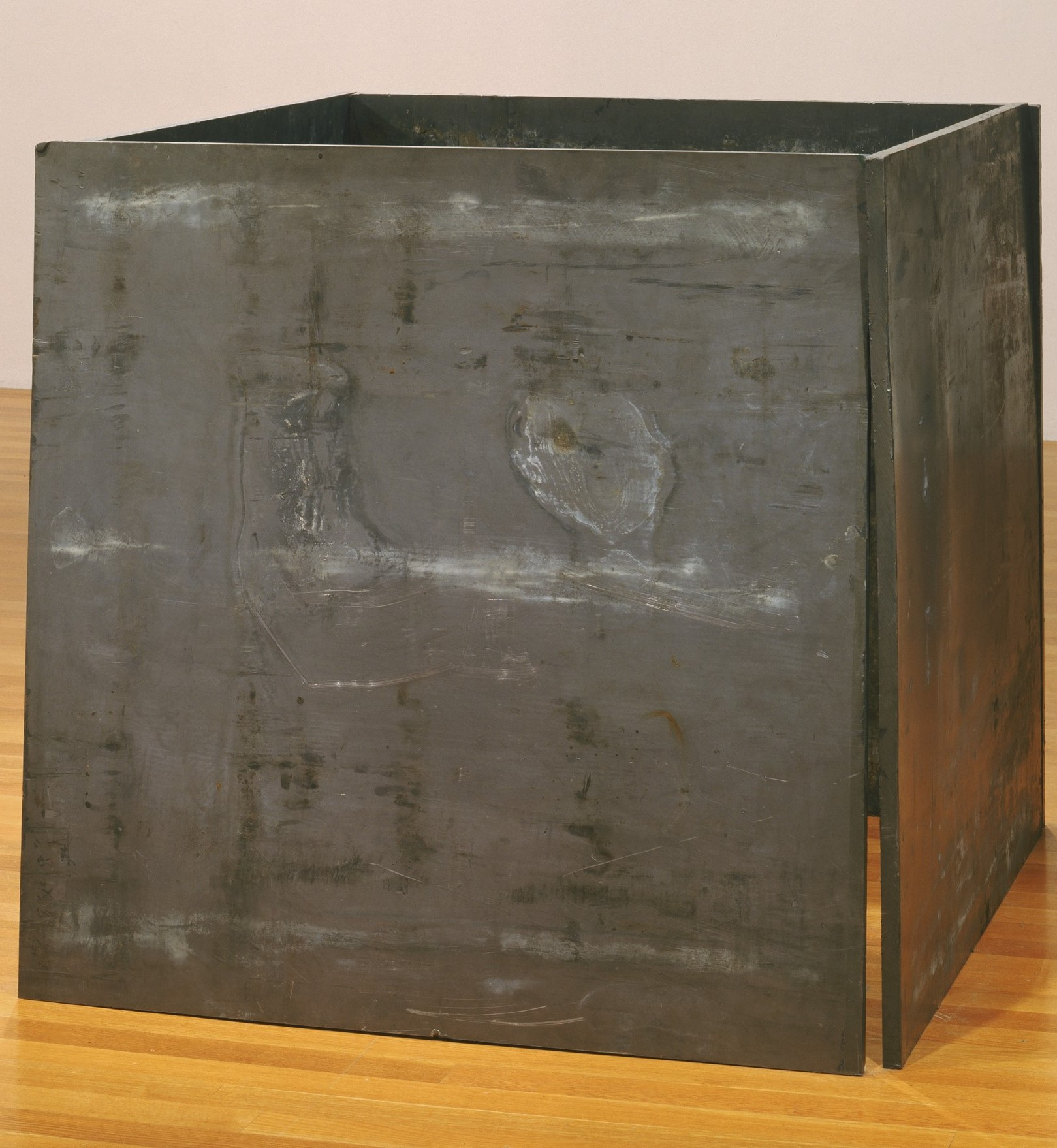 17. One ton prop - house of cards. Una tonelada de apoyo - casa de cartas. 1969. Colección MoMa