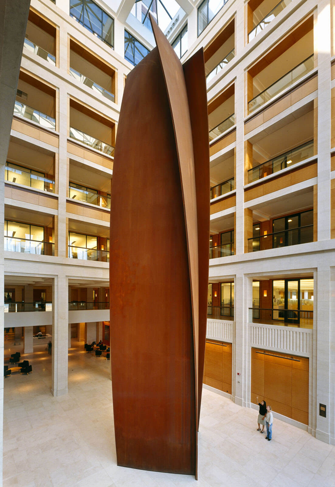 40. Charlie Brown. 18,28 metros de altura. 2000. Nueva Central de Gap Inc. San Francisco. USA
